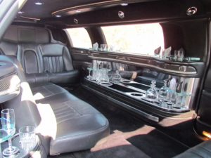 Lincoln stretch limo in Phoenix, AZ - interior